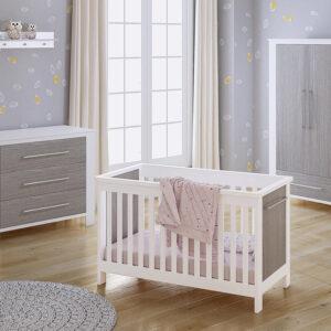 babykamer wit grijs